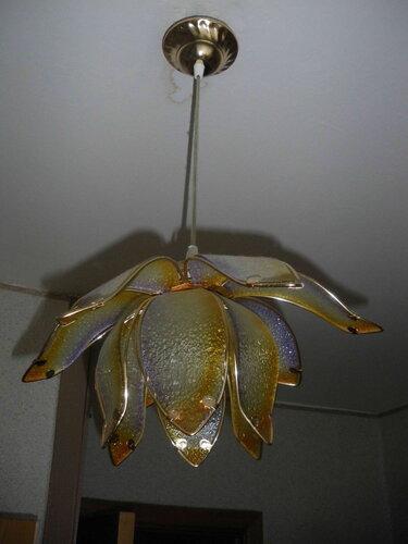 Фото 1. Кухонный подвес. Общий вид. При попытке включения света на кухне срабатывал соответствующий автоматический выключатель.