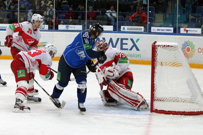 «Нефтехимик» vs «Спартак» 2:1 чемпионат КХЛ 2012-2013 (Фото)