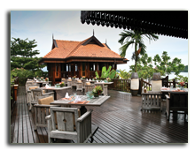 Малайзия. Лангкави. Four Seasons Resort Langkawi. Ikan Ikan restaurant terrace
