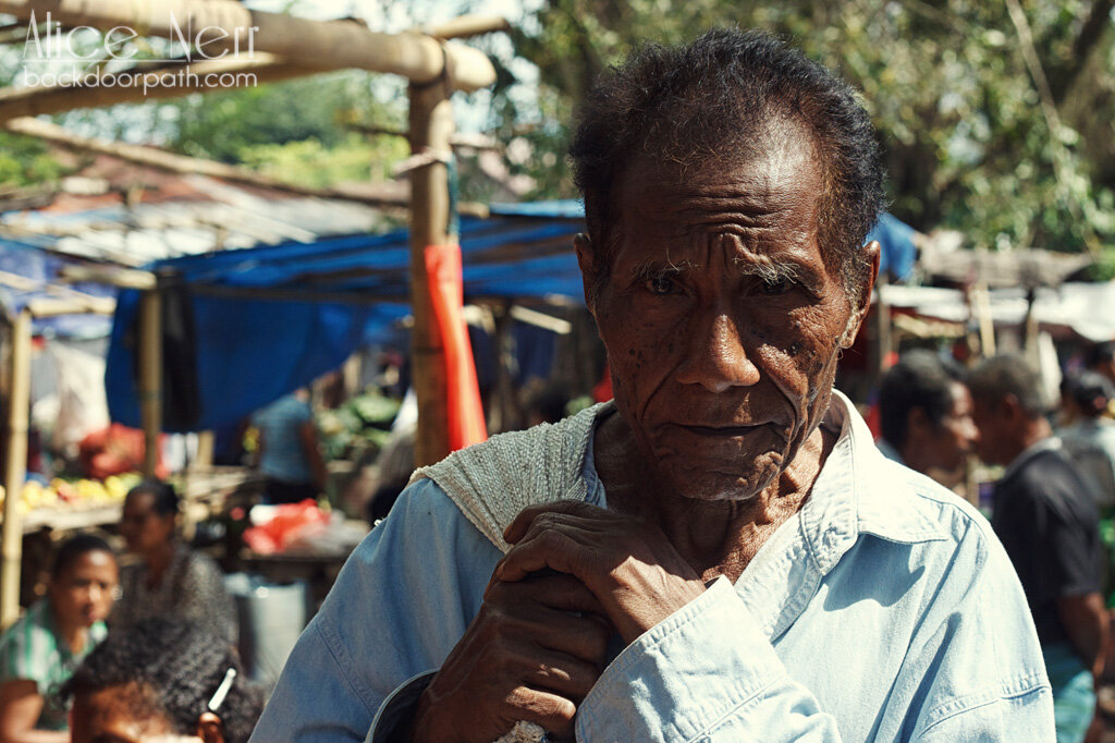 very photogenic Indonesian old man