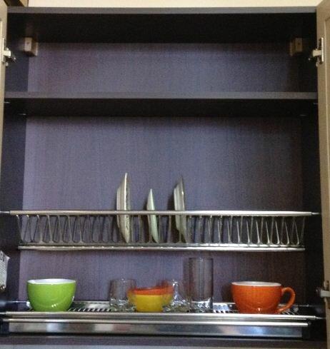 Сушка для посуды, кухонный гарнитур