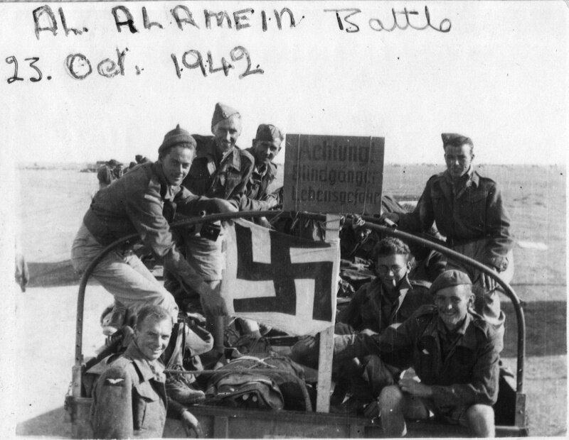 Англичане после битвы под Эль-Аламейном.jpg