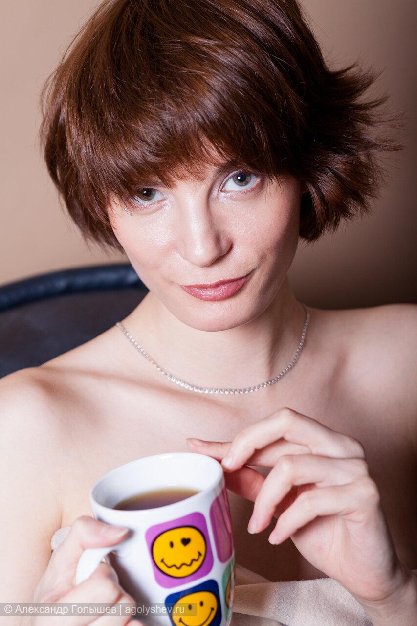 Чашечка чай - портрет девушки