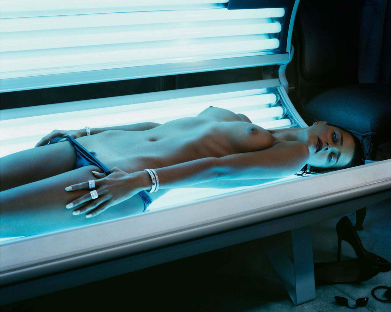 модель Carmen Kass / Кармен Касс, фотограф Mikael Jansson / Эротика в Vogue, Россия спецвыпуск ноябрь 2012