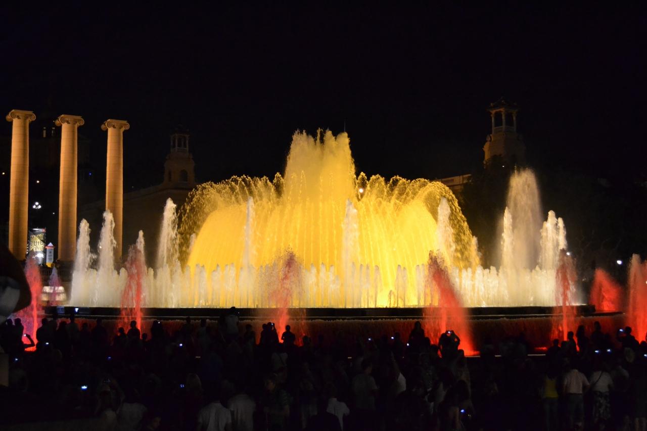 Волшебство ночной Барселоны