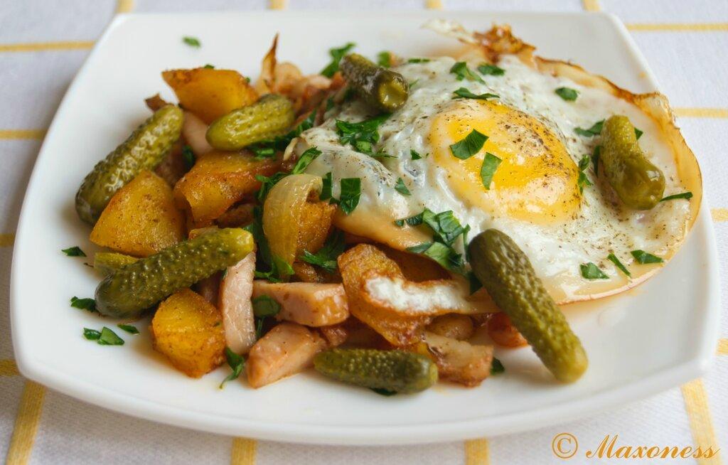 Хэш с окороком и яйцом. Британская кухня