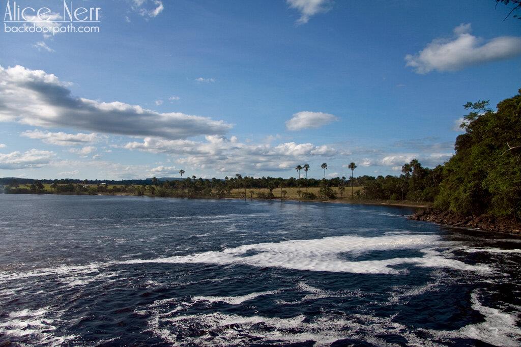 Lagoon Camaima