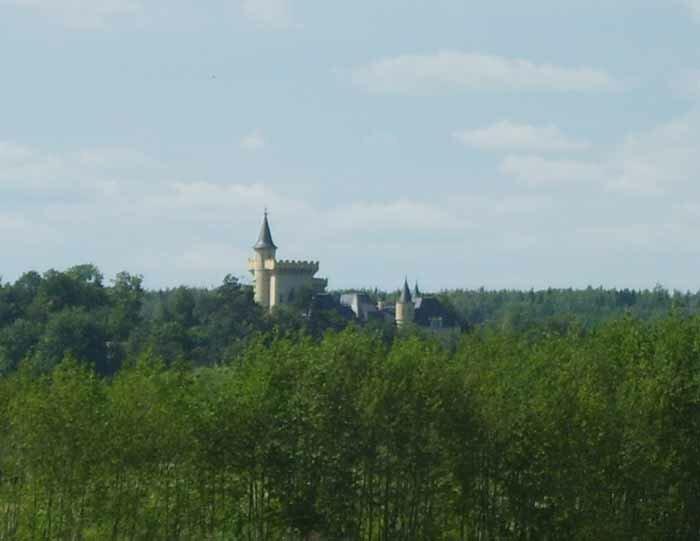 замок Пугачевой и Галкина