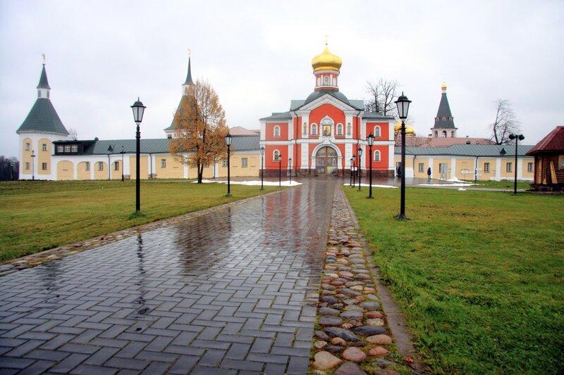 Иверский монастырь Валдая