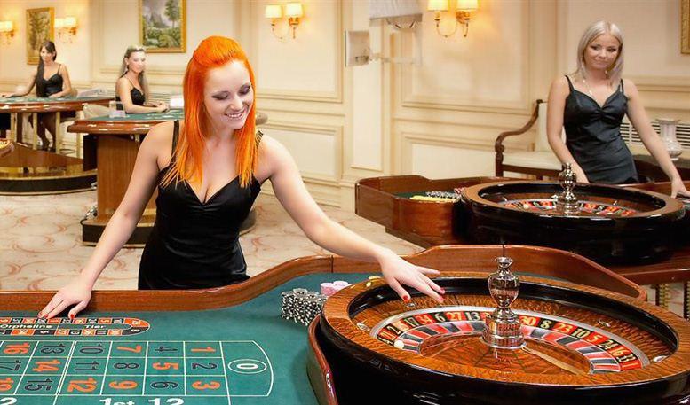 Фото голых женщин в казино игровые автоматы скачать торрент на компьютер 2015 года