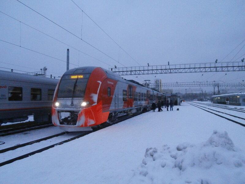 Электропоезд ЭС2Г-001 № 7069 (1)