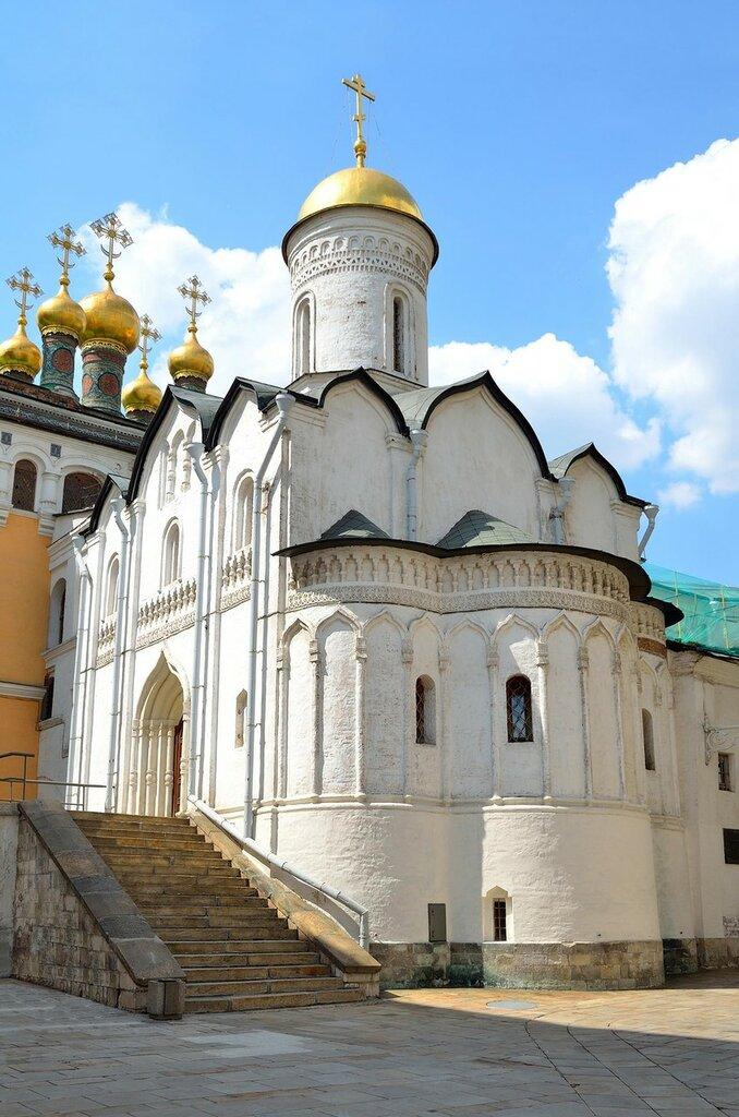 cerkov_rizopolozheniya_moskovskogo_kremlya_3.jpg