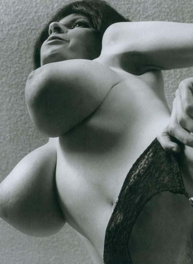 грудь большая фото эротика