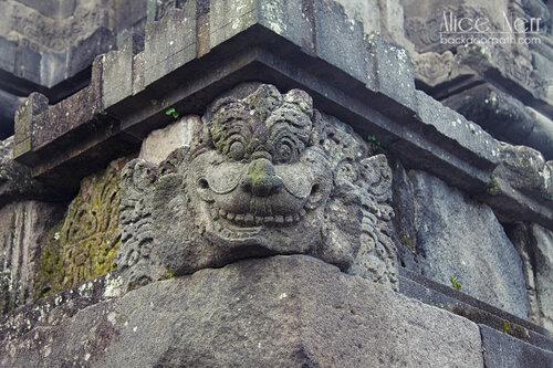 индуистский храм Прамбанан недалеко от Джокьякарты (остров Ява) в Индонезии