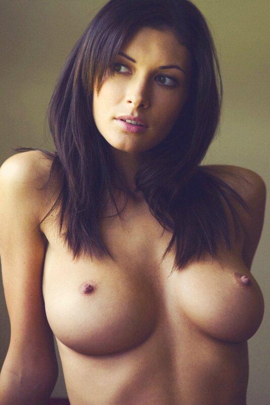 фото красивые голые сиски