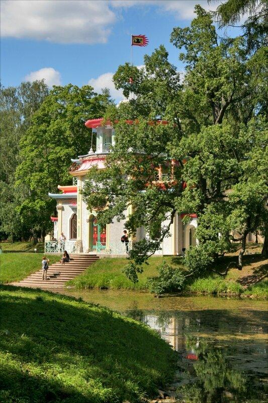 Китайская Скрипучая беседка в Екатерининском парке Царского Села