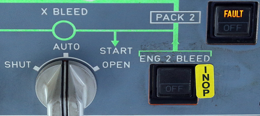 Как устроены кнопки в кабине самолёта ( +бонус! - замена блока!)