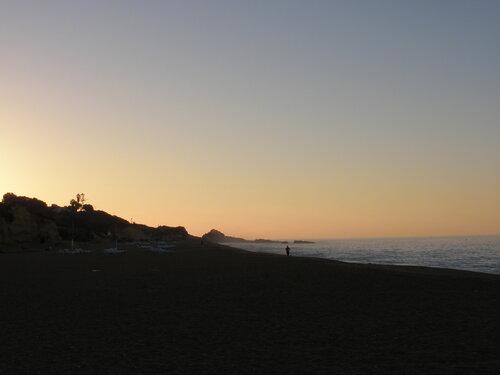 Я бегаю. Пляж Альбуфейра.