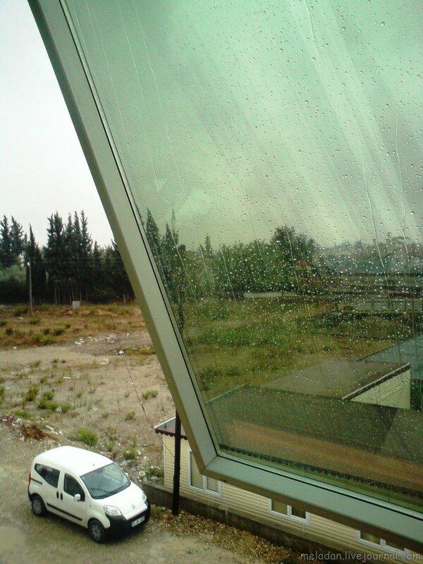 Слушать александр иванов - а дождь всё стучит в лобовое стекло онлайн