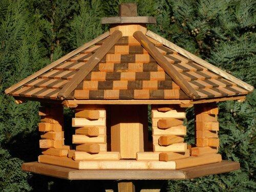 vogelhaus aus holz ständer vogelhäuschen vogelhäuser,