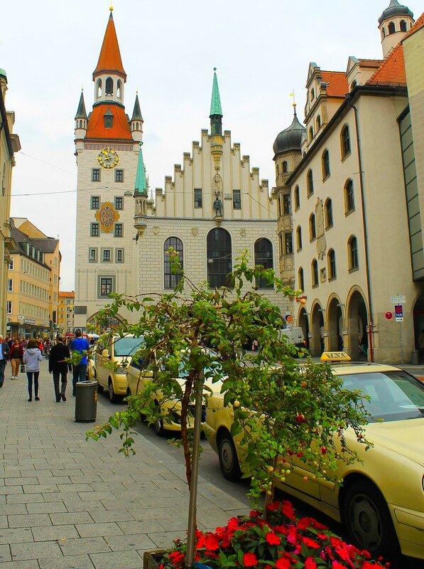 Старая Ратуша ..Мариенплац.....(Мюнхен)