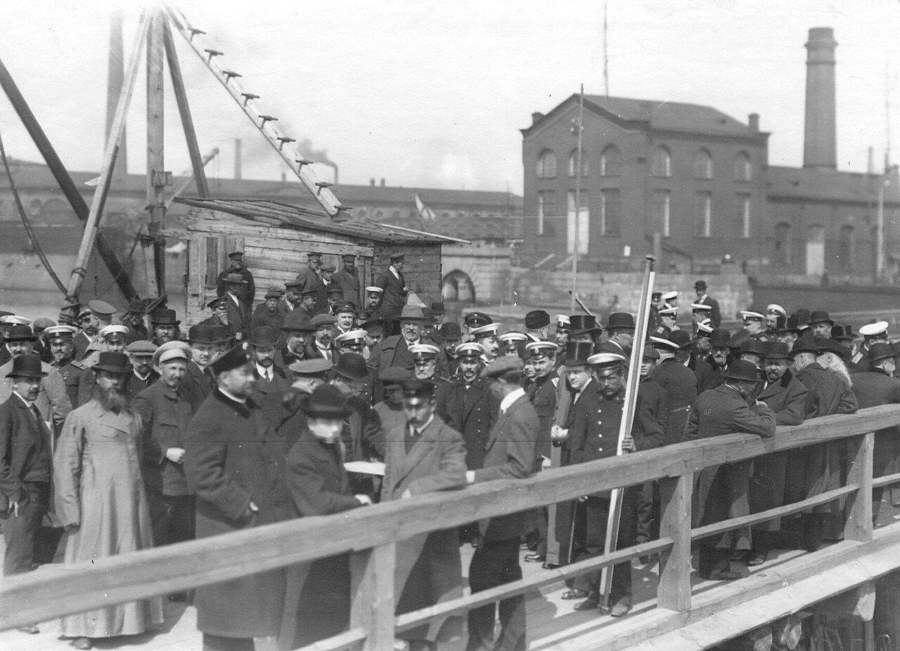 Депутаты Четвертой Государственной думы в Кронштадте. 5 мая 1913