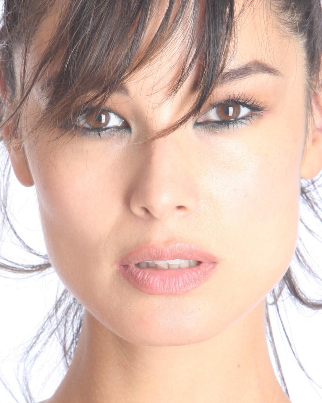 Беренис Марло (Berenice Marlohe)