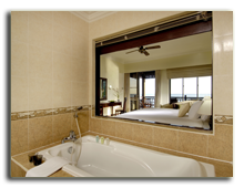 Малайзия. Лангкави. BerjayaLangkawi_Premier_Chalet_On_Water_-_Shower_Room