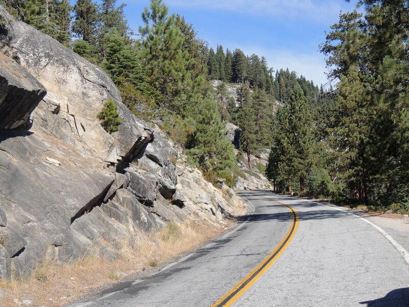парк Йосемити - дорога на Glacier Point