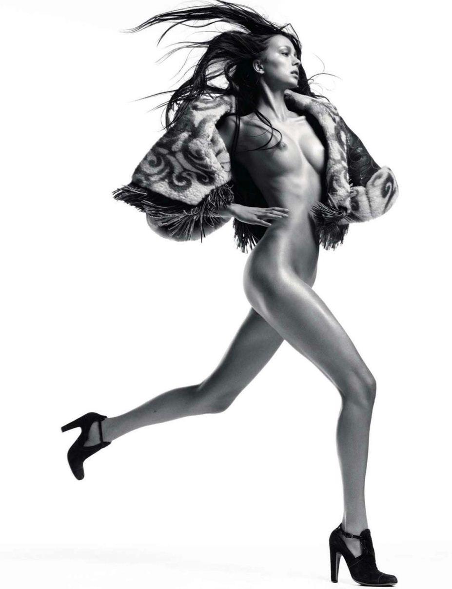 модель Morgane Dubled / Морган Дюбль, фотограф David Sims / Эротика в Vogue, Россия спецвыпуск ноябрь 2012