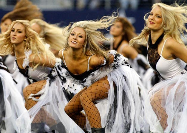 Dallas Cowboys - cheerleaders nfl october 2012 / девушки из групп поддержки в американском футболе