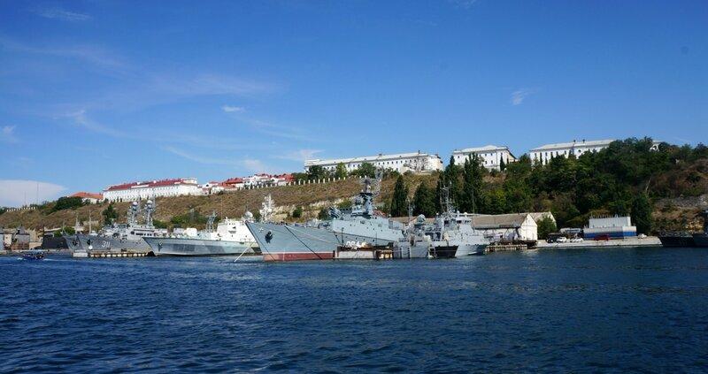 Причалы Южной бухты Севастополя