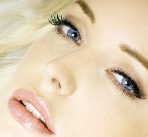 Психология: что говорит о женщине её макияж?