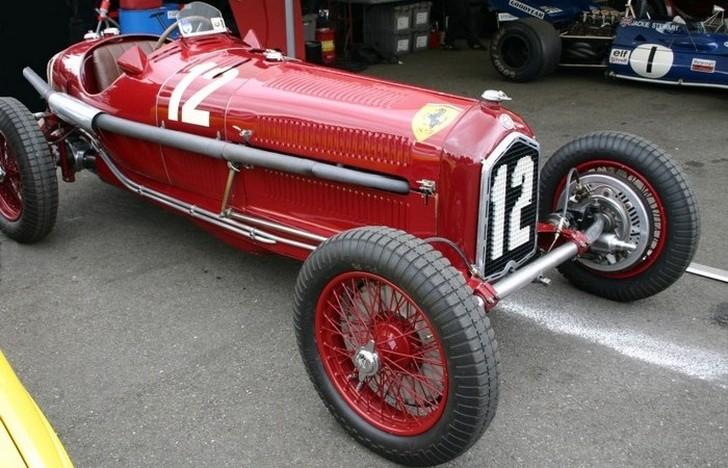 Авто, изготовленное в 1932 году для участия в Гран-при, стало прообразом первых гоночных автомобилей