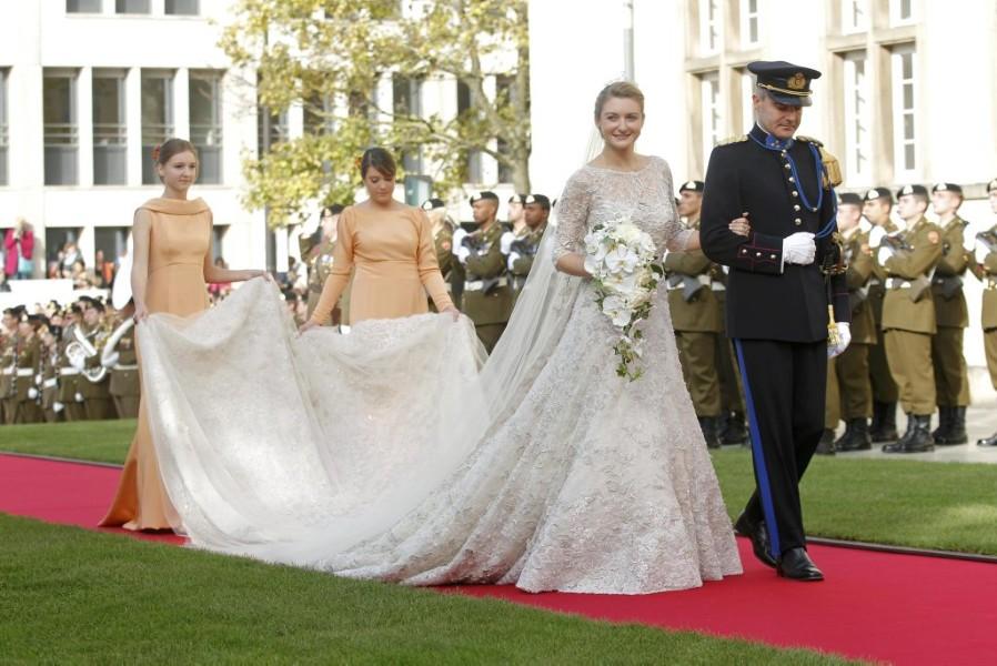 Подружки невесты в кремовом антония