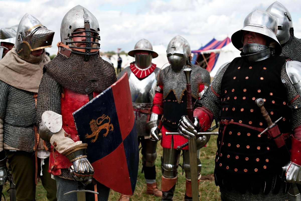 Эпизоды Столетней войны: Реконструкция битвы при Азенкуре в Северной Франции (10)