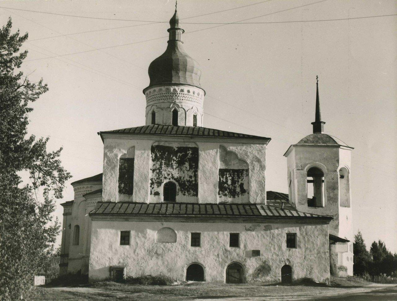 1930-е. Собор Трех Святителей в Елизаровском монастыре