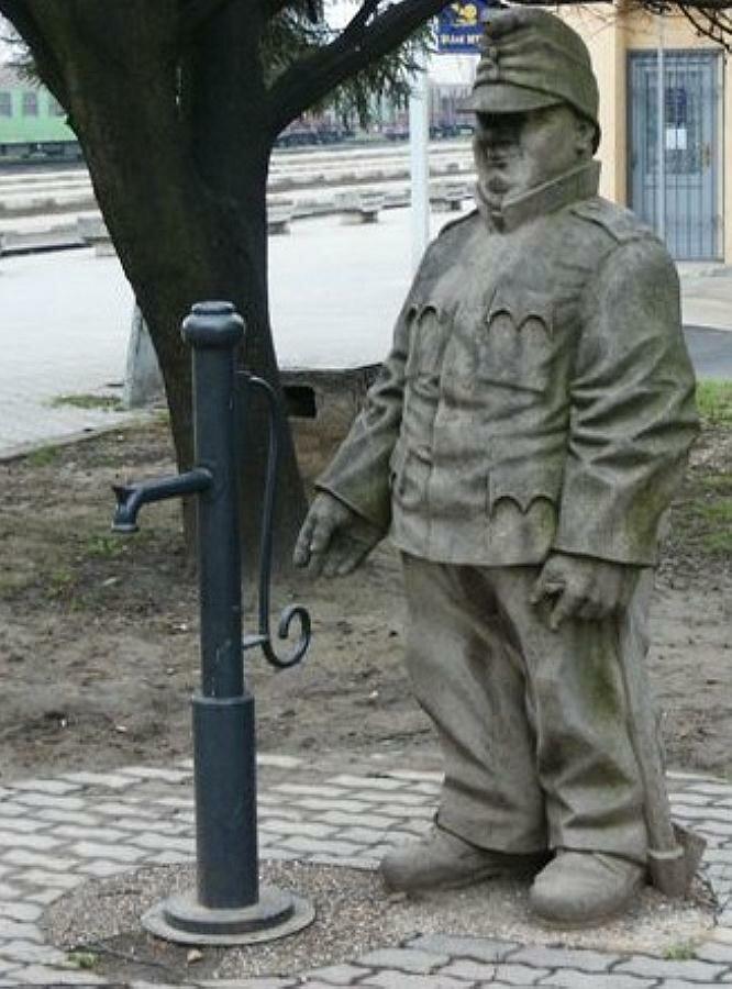 Бравый солдат Швейк, г. Гуммене, Словакия