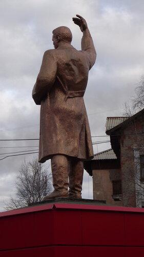 Фотография Инты №1998  Памятник Сергею Мироновичу Кирову 07.10.2012_14:02