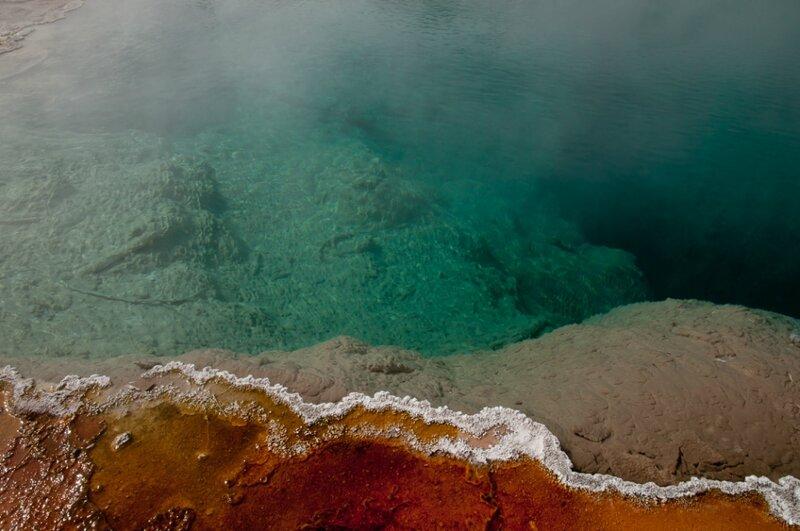 Цветное озеро