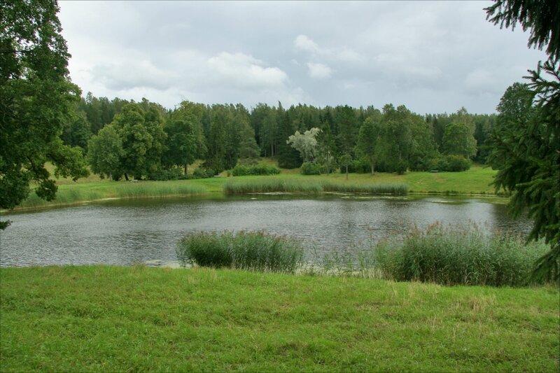 Павловский парк, Круглое озеро