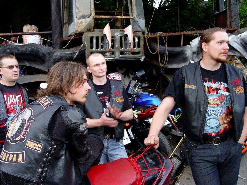 Интервью с президентом мотоклуба «Три дороги»