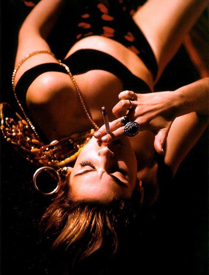 smoking Cindy Crawford / Синди Кроуфорд с сигаретой