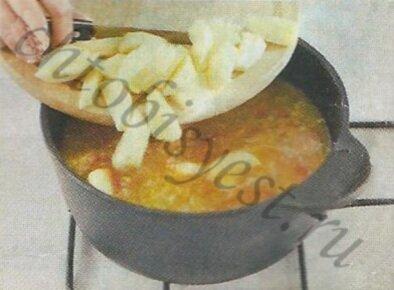 суп на свиных ребрышках