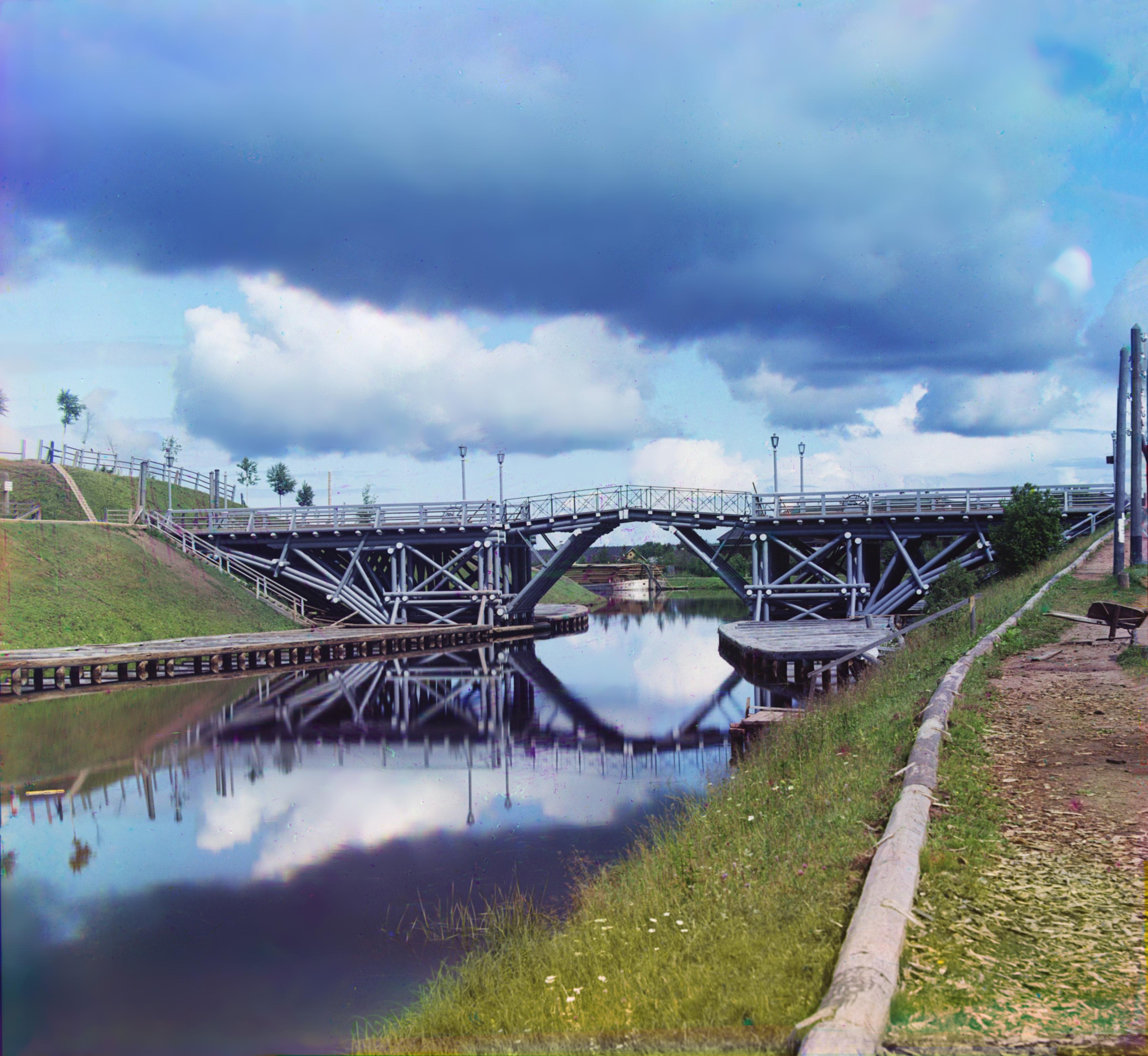 Вытегра. Подъемный мост на реке Вытегре