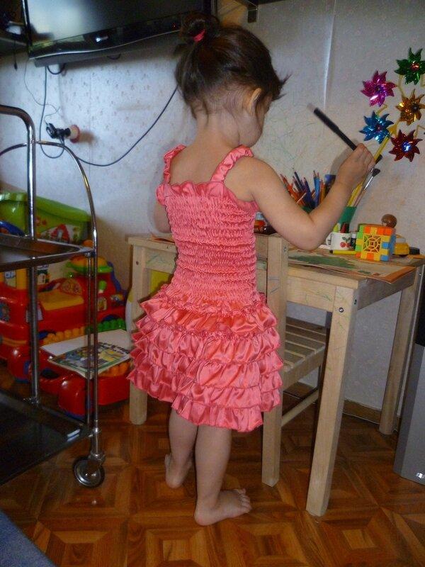 Платье резинка для девочек как сшить 192