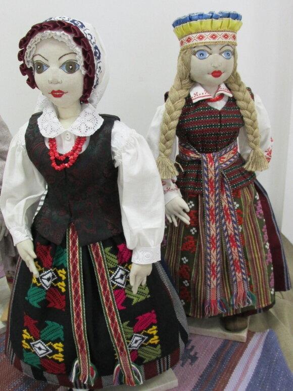 Выставка Куклы - членов Союза художников Литвы в Гродно, Беларусь 2015