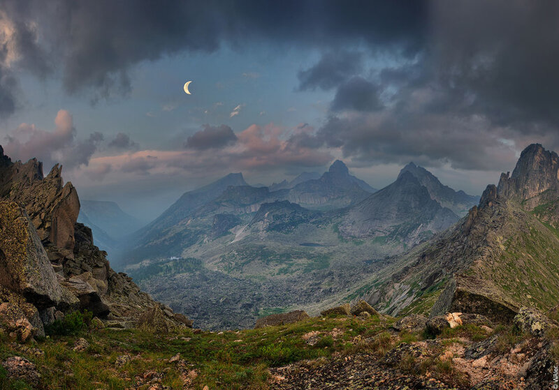 """На сайте 35PHOTO Васин Валерий (WAler) опубликовал фото под названием  """"Ергаки """":  """"вид с перевала Художников..."""