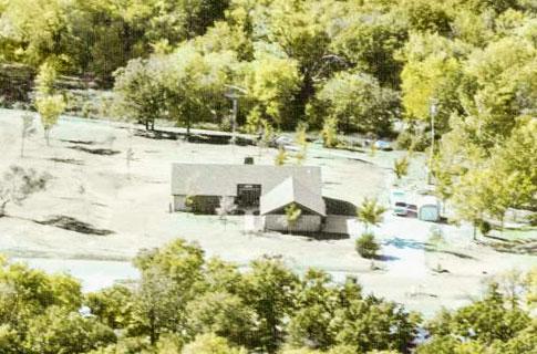 9 Звезд Кантри музыки поделились фотографиями своих домов, где росли (фото 4)