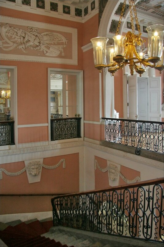 Павловский дворец, Парадная лестница и Верхний вестибюль
